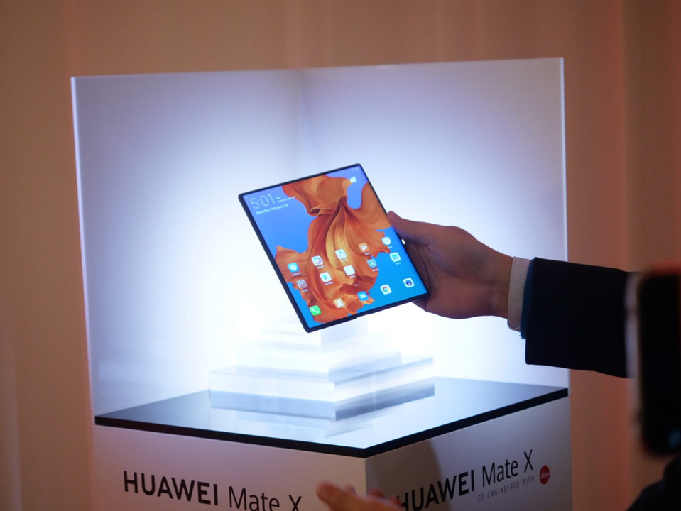 Huawei Mate X at MWC